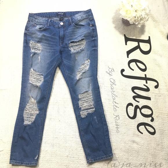 545a524fa3074 Charlotte Russe Denim - Refuge Destroyed Cropped Denim Jeans Size 10